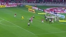 Melhores momentos de Internacional 2 x 0 Oeste pela 17ª rodada da Série B do Brasileirão