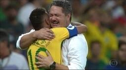 No aniversário de um ano da conquista do ouro olímpico, Micale ganha mensagem de Neymar