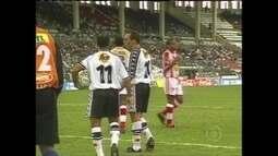 Em 2000, Edmundo e Romário também brigaram por causa de uma cobrança de pênalti