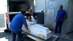 Corpos de vítimas de acidente na BR-101 são liberados do DML de Vitória