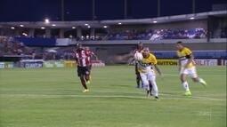 Na estreia do novo treinador, Criciúma bate o CRB por 2 a 1 fora de casa