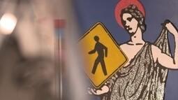 Placas de trânsito viram tema para artista plástico
