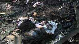 Idoso morre carbonizado durante incêndio dentro de depósito de creche em Caruaru