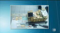 Homem é preso com 40 kg de drogas, armas e dinamites em Bonfim do Piauí