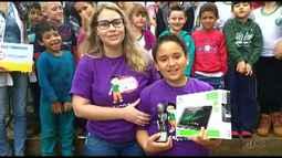 Escola Olavo Bilac recebe prêmio do Televisando