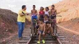 Reveja: Mário conhece 'biciclotrem' de Cataguases