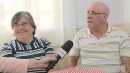 Amigos de infância em Portugal se reencontram e casam anos depois no Brasil