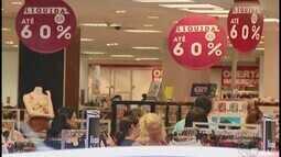 Pesquisas apontam que cerca de 70% dos consumidores vão presentear no Natal em Uberlândia