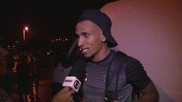 Otero revela que Victor prometeu R$100 pelo gol do meio-campo