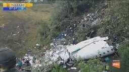 Quase um ano após acidente aéreo, famílias das vítimas ainda não receberam indenização