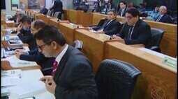 Dez projetos são aprovados em sessão na Câmara nesta segunda-feira (11)
