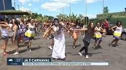 Blocos de rua aquecem e fazem pré-carnaval em Belo Horizonte
