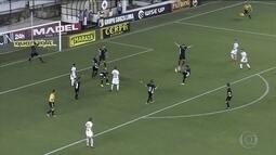 Santos tropeça no Paulistão e perde para o Bragantino em casa