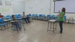 No Amapá, cursinho da Unifap prepara surdos para enfrentarem o pré-vestibular