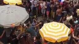 Foliões trocam socos durante passagem de bloco de Daniela Mercury em SP