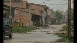 Passagem no bairro de Val-de-Cans sofre com falta de saneamento básico