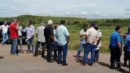 Pecuaristas protestam contra roubo de gado no Norte do Rio