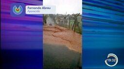 Forte chuva deixou ruas alagadas na região de Aparecida