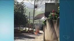 Transformador explode, pega fogo e assusta moradores em Cachoeiro de Itapemirim, ES
