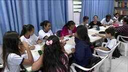 Escola pública cria projeto contra preconceito com imigrantes