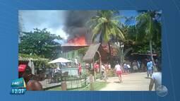 Restaurante Buda Beach pega fogo em Morro de São Paulo