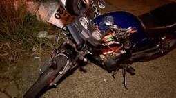 Perícia deve apontar causa de acidente ente carro e motocicleta em Presidente Prudente