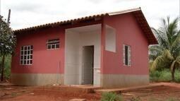 Produtores de Capitão Enéas realizam sonho da casa própria a baixo custo