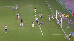 Bahia vence o Santos na Arena Fonte Nova, com gol no final do segundo tempo