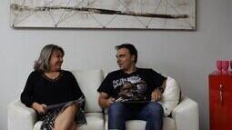 Especial Dia das Mães: Mário brinca de 'eu nunca' com a mãe dele