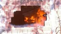 Incêndio atinge fábrica de confecções em Arealva e um funcionário morre