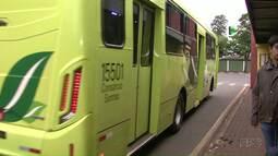 Transporte coletivo circulou apenas em horário de pico nesta quinta feira