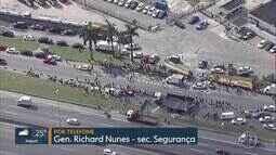 Caminhão de combustível será escoltado até Campos, RJ, segundo General Richard Nunes
