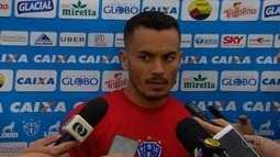 Ex-Vila, Moisés é arma do Paysandu contra o Goiás