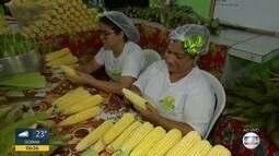 Família se une na cozinha para ganhar dinheiro com as comidas típicas do São João