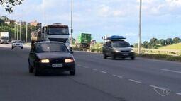 De nove passarelas prometidas na Rodovia do Contorno, apenas duas estão prontas