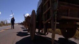 Série mostra a fé dos romeiros que percorrem centenas de quilômetros até Trindade