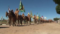 Tradicional Missa dos Vaqueiros une povo sertanejo em Curaçá, no norte do estado