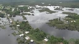 Cheia de rio deixa famílias isoladas em São Gabriel da Cachoeira, no AM