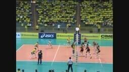 Estados Unidos vence Brasil no primeiro amistoso do vôlei feminino em Uberaba