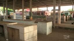 Comerciantes reclamam da falta de infraestrutura em feira de São Luís