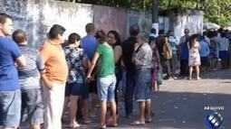 Milhares de eleitores votam pela primeira vez