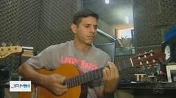 Em Manaus, professor recebe prêmio de espírito público
