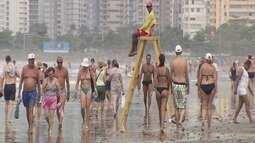 Turistas lotam praias da região neste sábado