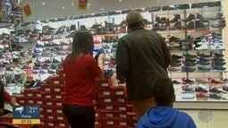Quer Saber: saiba os direitos do consumidor nas compras em lojas físicas