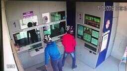 Assaltantes disparam contra vidro blindado em lotérica no Ceará