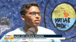 Estudantes e grafiteiros reformam escadaria no Vicente PIzón