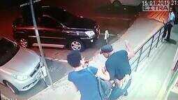 Câmeras de segurança flagram assassinato de pessoa em situação de rua em Goiânia
