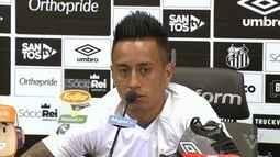Santos apresentou o meia peruano Cueva
