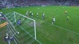 Corinthians passa sufoco, mas vira jogo e avança na Copa do Brasil