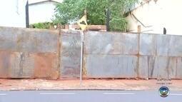 Casa abandonada em bairro de Rio Preto é limpa após denúncia